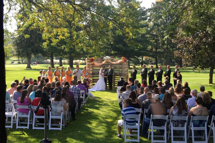 Watertown Country Club wedding ceremony on the green