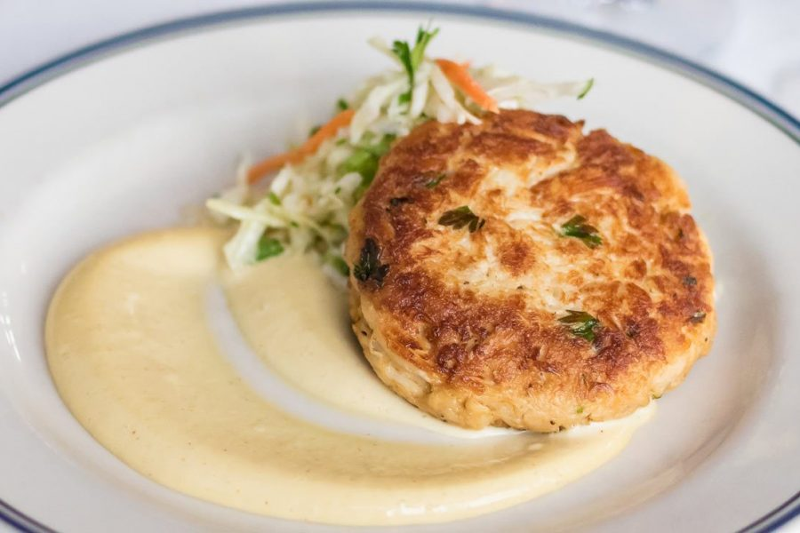 Crabcake at the Harbor House