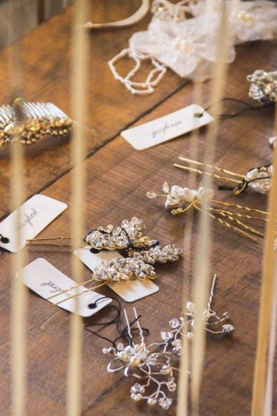 Display of accent bridal pieces