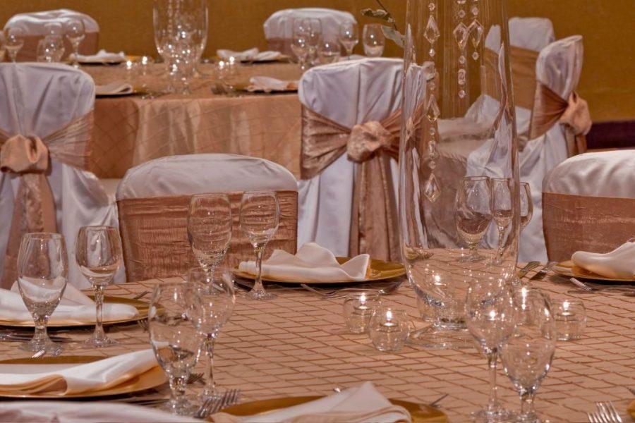 Beautiful wedding at the Hyatt Regency Milwaukee