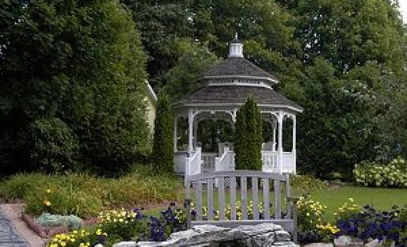 Gazebo at White Lake Inn