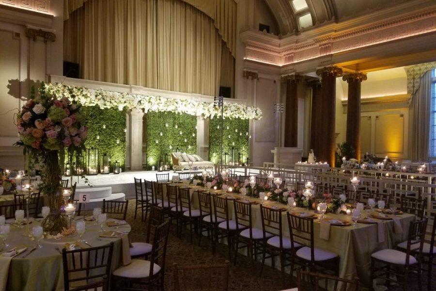 Elegant wedding reception at 1451 Renaissance Place | Milwaukee, WI