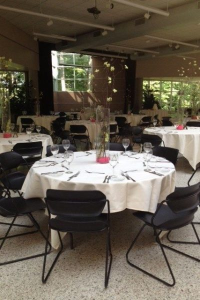 Wedding at the MKE Zoo