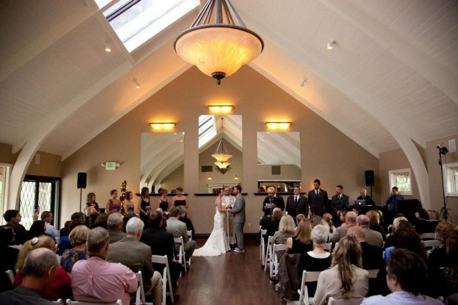 Wedding ceremony at the Red Circle Inn