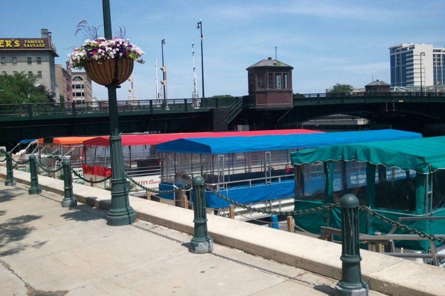 Docking boats on Milwaukee river