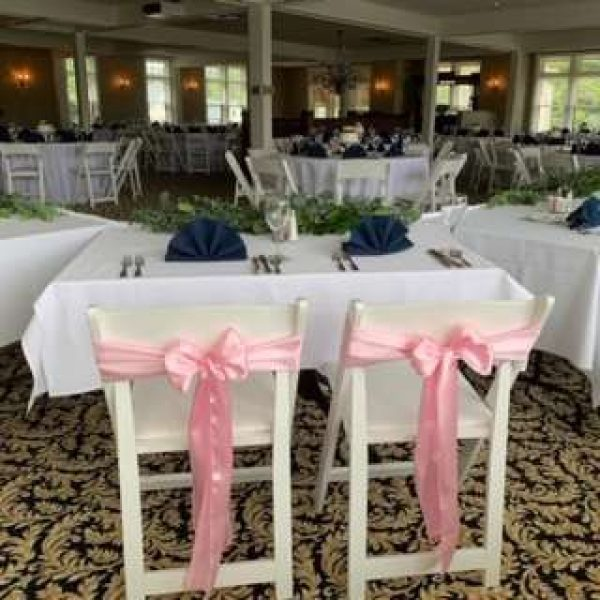 Bride and groom table at Red Circle Inn