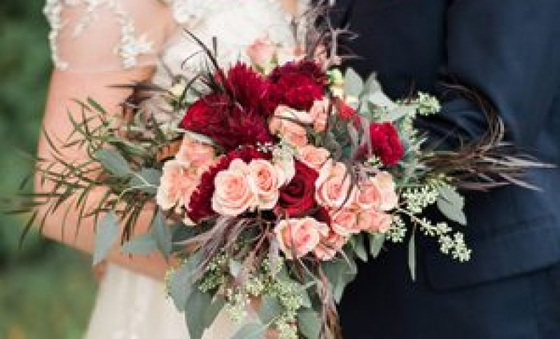 Bridal Bouquet reds pinks