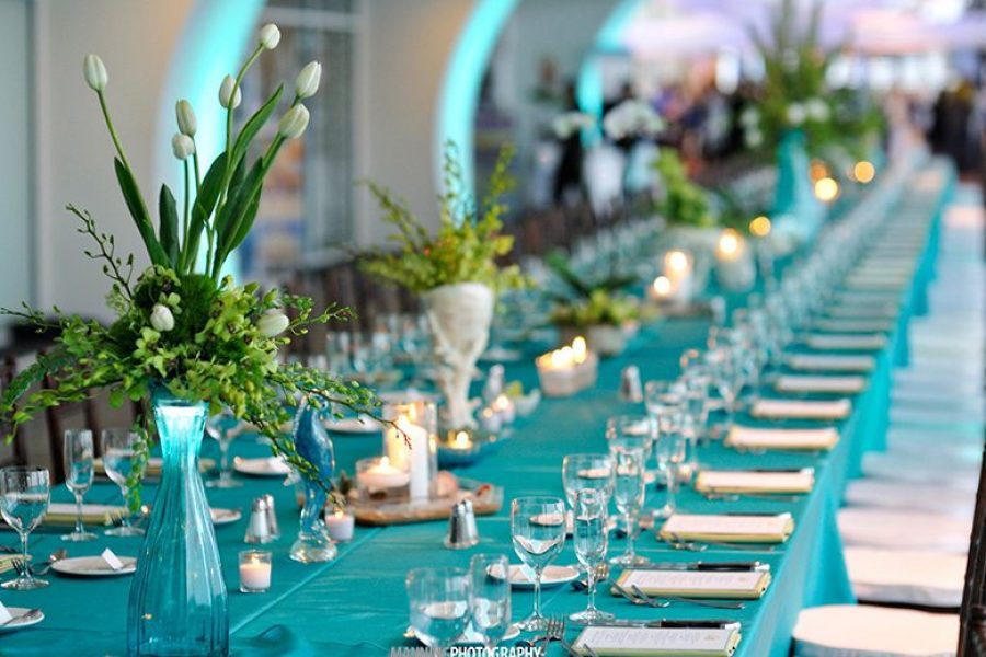 Long table with aqua table linens