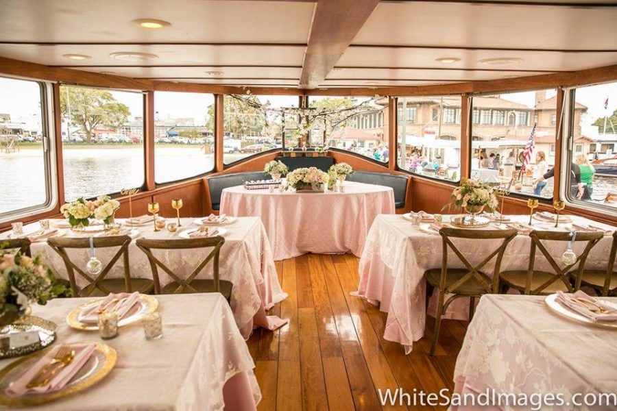 Weddings on the water in Lake Geneva