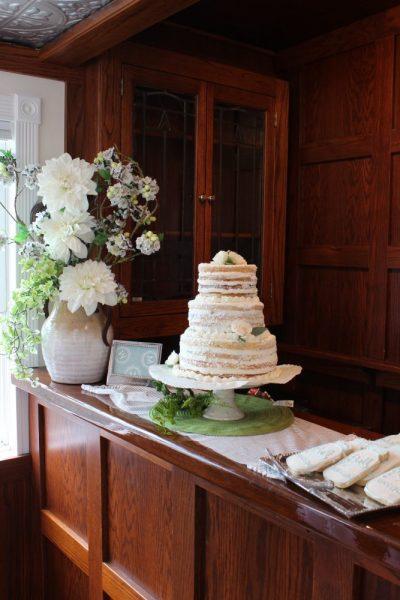 Wedding cake on boat