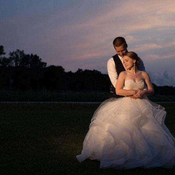 Wedding Couple outside at Ingleside Hotel
