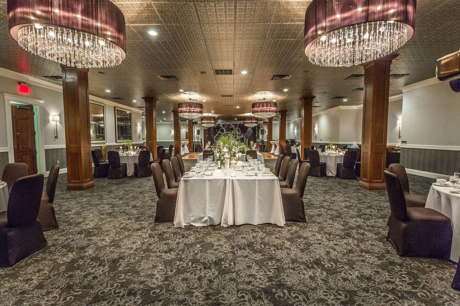Delafield Hotel wedding reception with a Kings Table seating arrangement