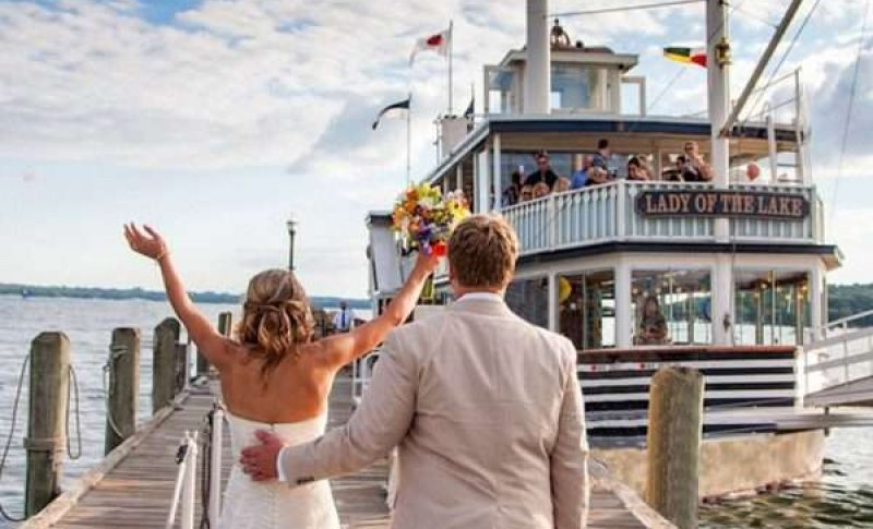 Wedding Couple at Lake Geneva Cruise Line