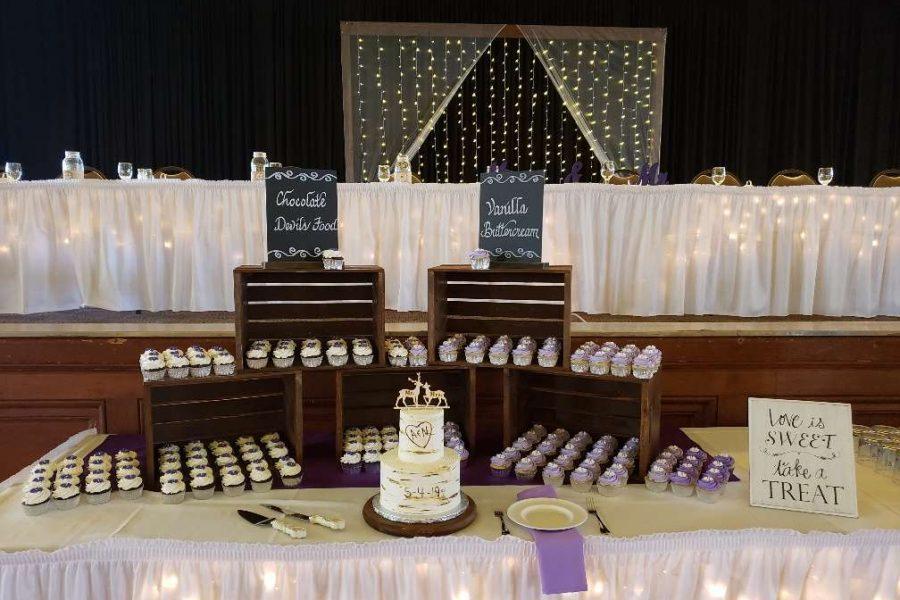 Wedding cake display at Chandelier Ballroom
