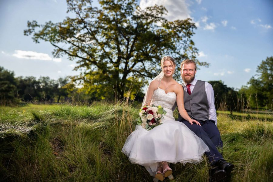 Beautiful backgrounds for your wedding photos at the Carriage House
