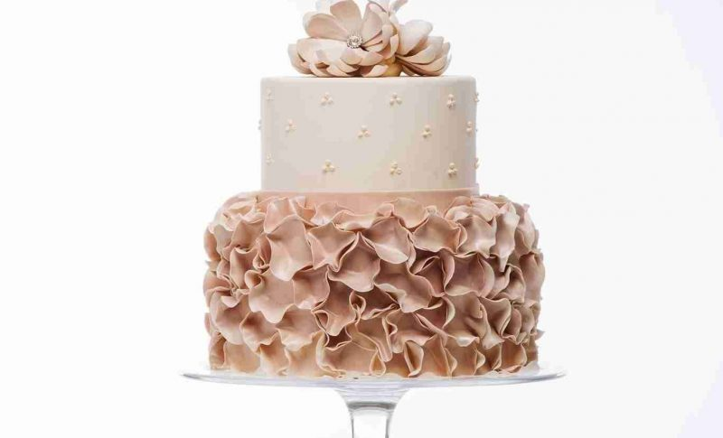 Simma's Ruffle Wedding Cake