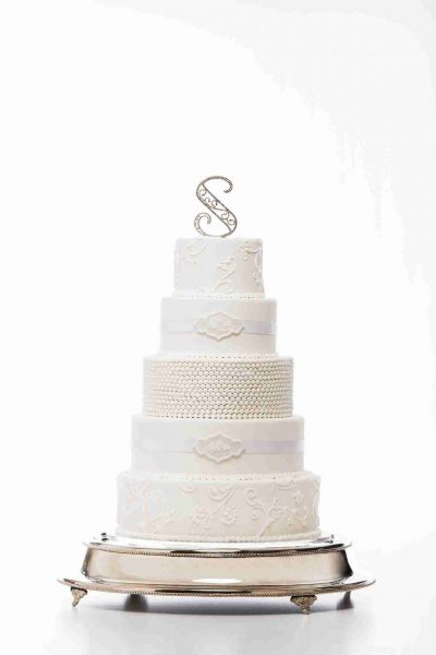 Simma's Classic Wedding Cake