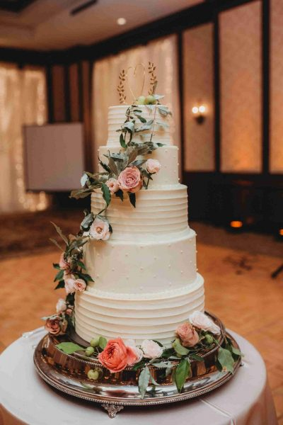 Simma's Wedding Cake with Fresh Flowers