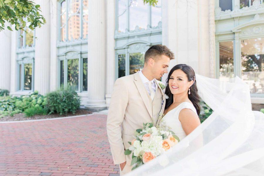 Alfa Flower & Wedding Shop Bride with her bouquet