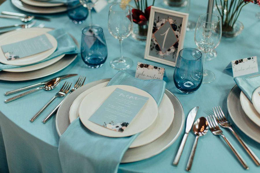 Tablescape in aqua blue shades