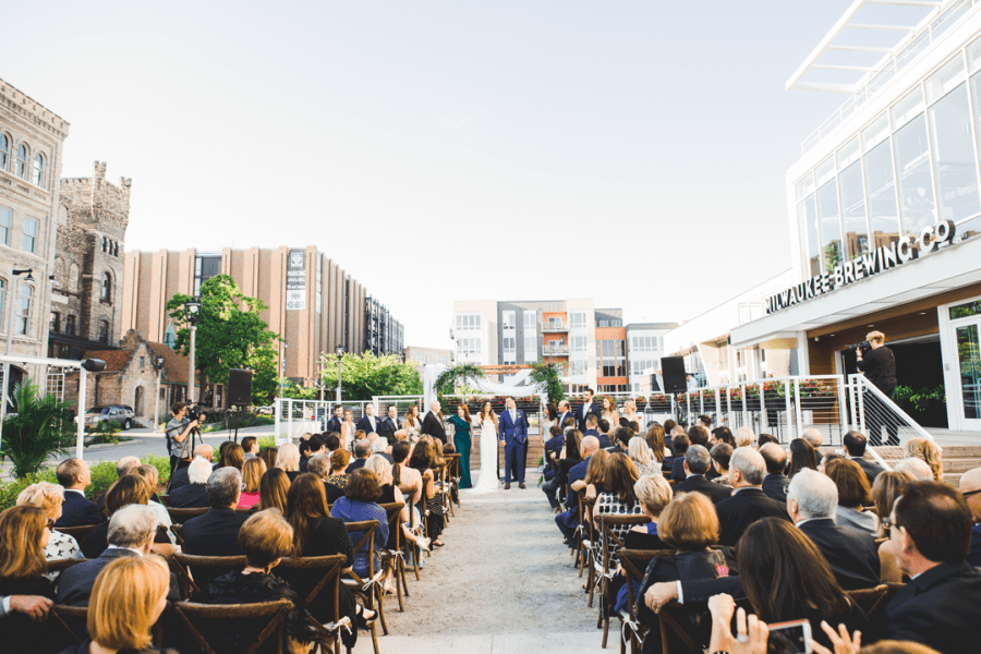 Milwaukee wedding ceremony at Milwaukee Brewing Company