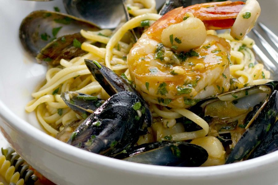 Linguine with fresh Mussels by Chef Feker