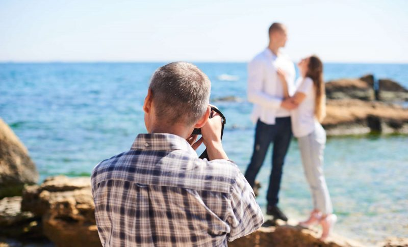 engagement photos on the beach MKE