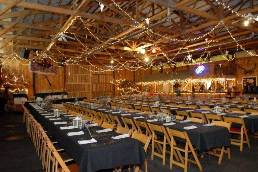 Barn wedding at Kettle Moraine Ranch