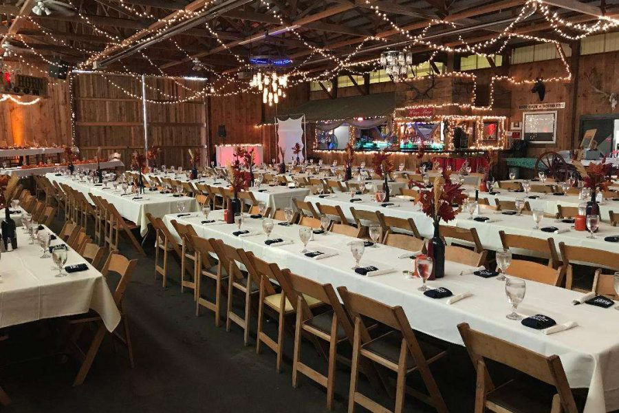 Festive barn wedding - Kettle Moraine Ranch
