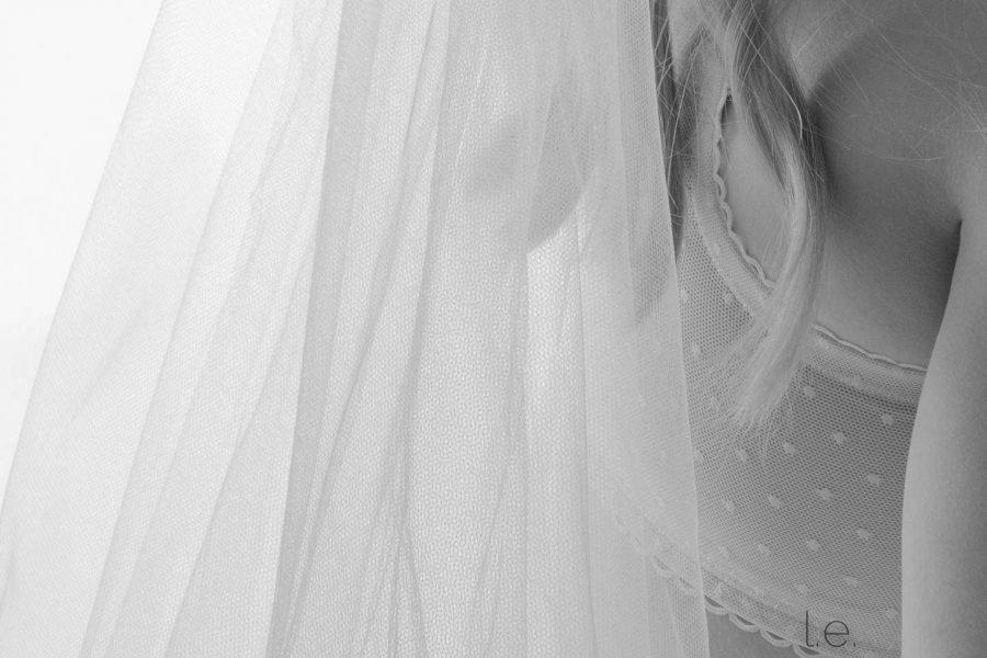 Black and white veil image