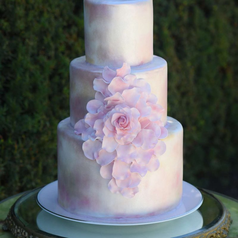 wedding-cake-pink-flower