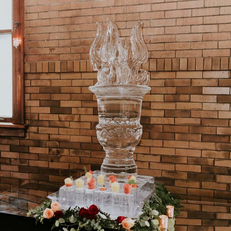 firehouse-ice-sculpture-art-below-zero