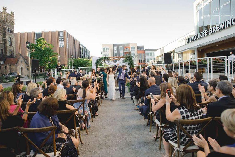 Wedding ceremony downtown Milwaukee