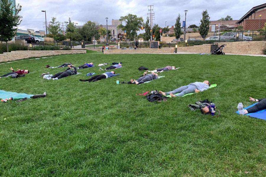 Outdoor Milwaukee yoga session by Washington Heights Yoga